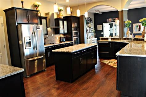 light kitchen cabinets with black appliances quicua com dark kitchen cabinets with stainless appliances quicua com