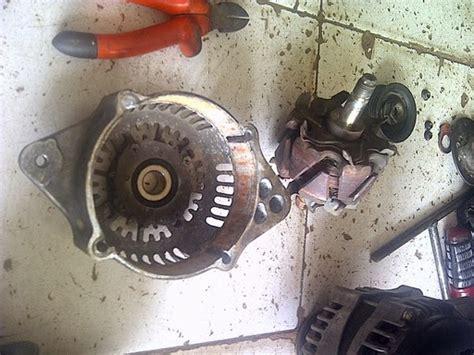 Shockbreaker Belakang Ayla perbaikan alternator aerio dan ganti shockbreaker