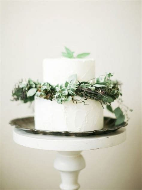 Wedding Cake Greenery by Picture Of Purely Beautiful Wedding Cakes With Greenery 8