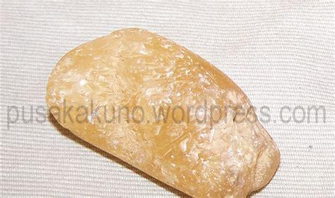 Batu Akik Badar Lumut Merah 36 batu akik warna kuning terpilih net