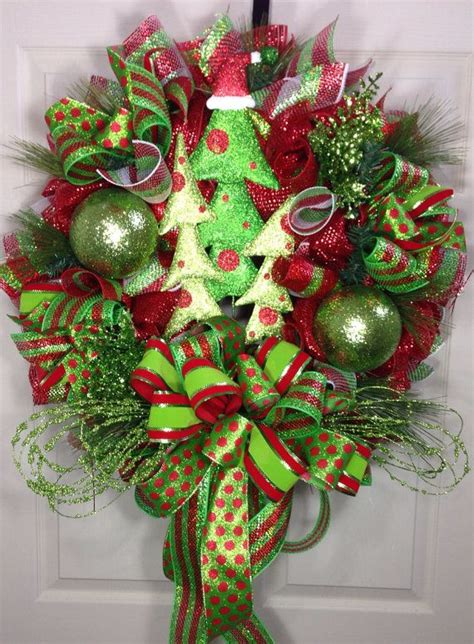 christmas tree mesh wreath