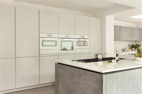 Miele Kitchens Design A Look A Stylish Family Friendly Kitchen Der Kern