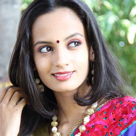 biography meaning marathi ketaki mategaonkar marathi actress photos biography wiki