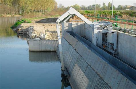 testo finto ardito centrali idroelettriche