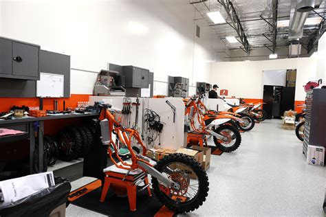 Ktm Apparel Usa Bull Ktm Sx And Mx The 2 The Hq Ktm
