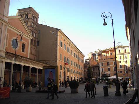 consolati italiani in spagna un caffe a piazza di san lorenzo in lucina russia news