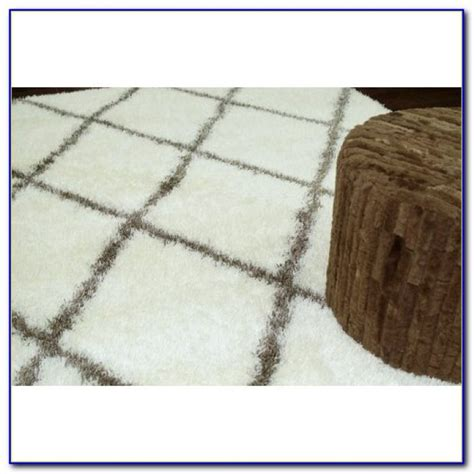 large fluffy rug white soft fluffy area rug rugs home design ideas a3np6vyq6k65127