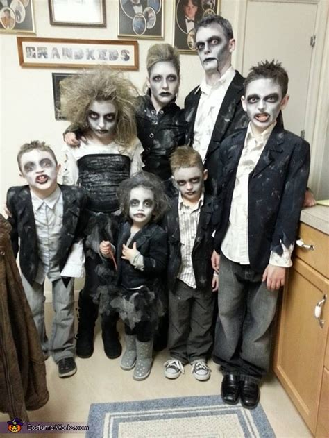 halloween themes for families zombie apocalypse halloween costume contest at costume