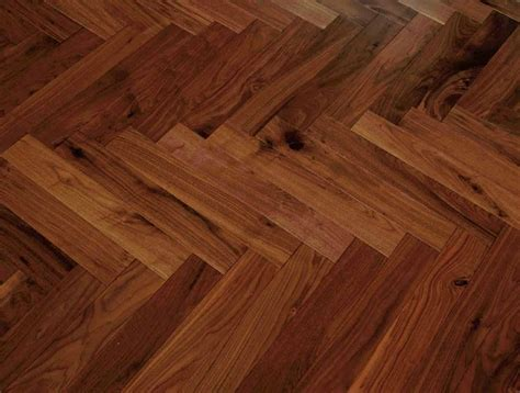 Laminat Vs Parkett by Hardwood Floor Vs Laminate Which One Is The Winner