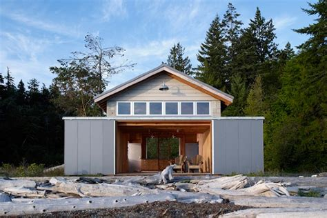 boat house marine 1950s boathouse turned into cozy marine cottage bosworth hoedemaker s hood canal