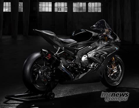 BMW HP4 Race   Carbon frame, swingarm and rims   MCNews.com.au