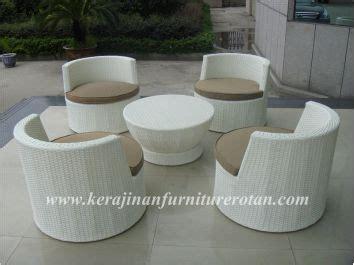 Kursi Rotan Bulat kursi rotan unik berbentuk bulat dengan gaya minimalis kfr ktr 21 kerajinan furniture rotan