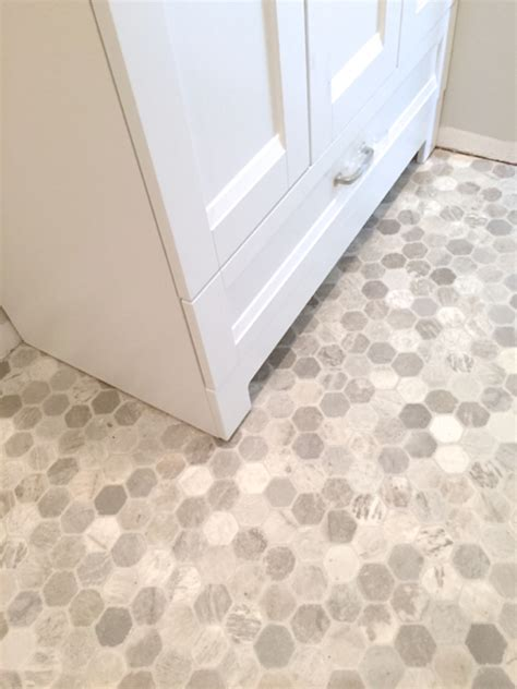 getting a hex tile look with vinyl newlywoodwards