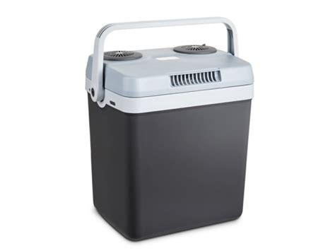 lada led 220v lada frigorifica portabila cu incalzire si alimentare 12v