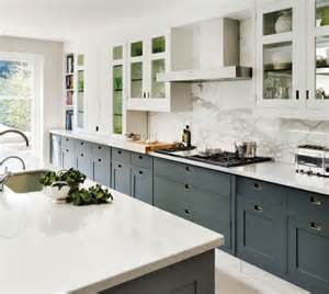Gray Cabinets White Countertops by Gray Kitchen Cabinets With White Countertops Quicua