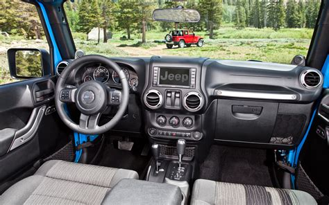 Jeep Yj Dash 2012 Jeep Wrangler Dash View 167458 Photo 6 Trucktrend