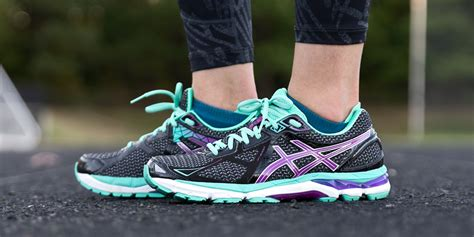 Sepatu Volly Pria Sport Asics Gel Kayano 20 Made In Import fall running style with asics the athletica