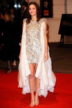 Catwalk To Carpet Marion Cotillard In Chanel by Chanel Keira