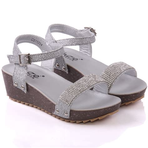 Sendal Wedges 13 Unze Vanita Wedge Sandals Uk Size 1 13 Silver