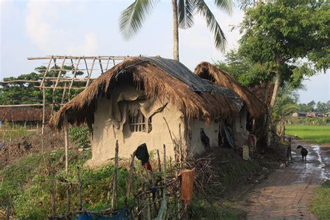 Mud House by File Mudhouse Jpg