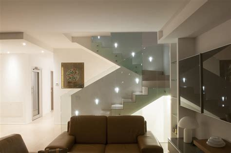 illuminazione scala interna illuminazione scala interna fenegr 242 la luce