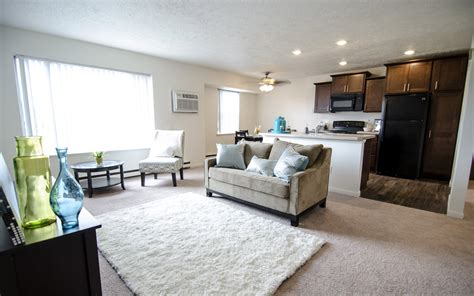 one bedroom apartments in lansing mi woodbrook village apartments apartments in east lansing mi