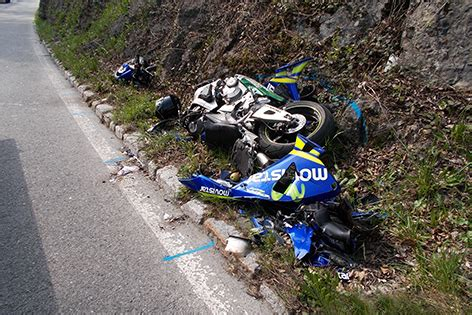 Unfall Motorrad Tirol by Bayer Stirbt Bei Motorradunfall Tirol Orf At