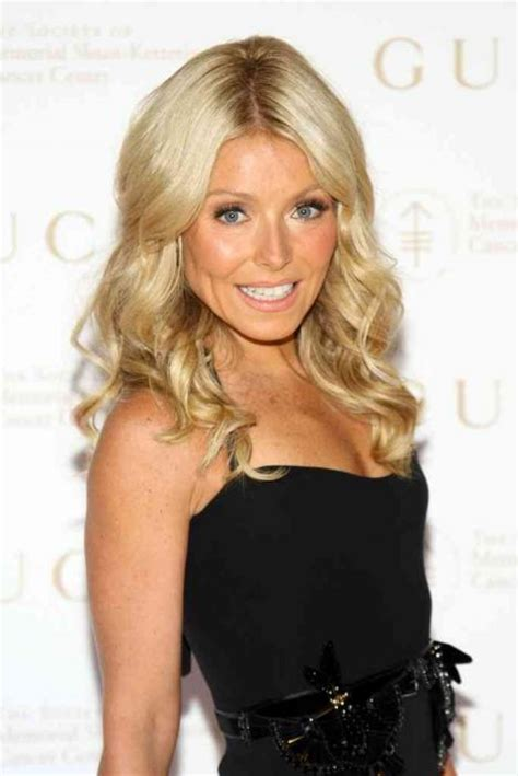 kelly ripa with curls kelly ripa hairstyles allnewhairstyles com