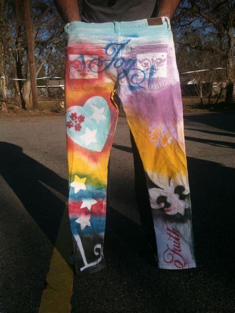 spray paint stencil designs  white jeans fun clothes