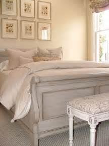 25 best ideas about chalk paint bed on