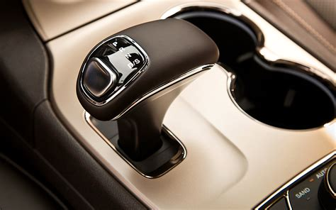 Jeep Gear Shift Knobs 2014 jeep grand ecodiesel test photo gallery motor trend
