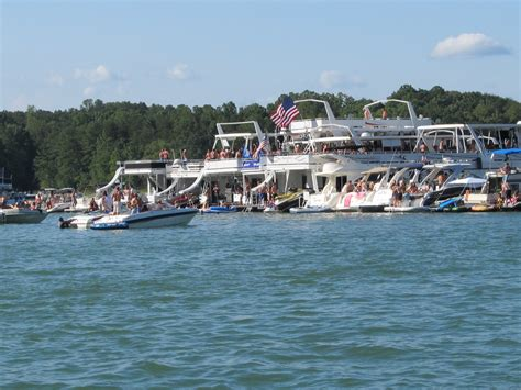 lake lanier party boat 13 signs you re a country girl from georgia