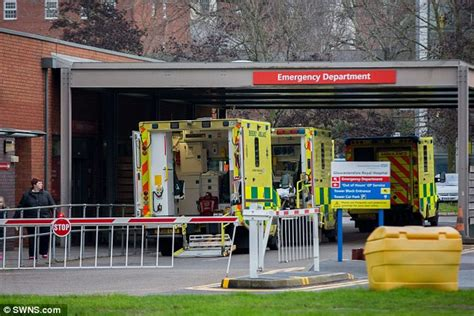 a e crisis explodes as duty nurses are begged on