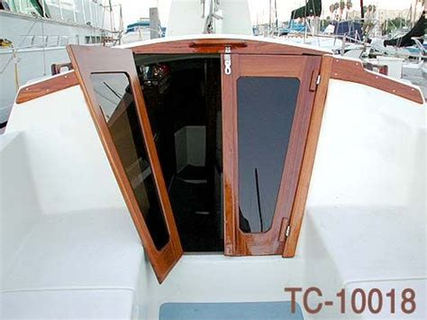 Sailboat Windows Designs Best 25 Sailboat Interior Ideas On Living On A Boat Sailboat And Living On A Sailboat