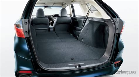 Karpet Honda Jazz 2018 honda fit shuttle boot space autonetmagz