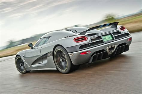 koenigsegg porsche koenigsegg insults porsche and mclaren at once
