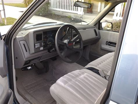 how it works cars 1994 chevrolet 3500 interior lighting specifications for 1990 chevrolet trucks ehow autos post
