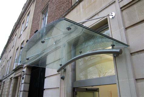 Veon Glass   Bespoke Structural Glass Solutions ? Curved