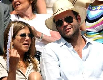 Jen And Vince Back Together by Aniston Vince Vaughn Back On With Trial