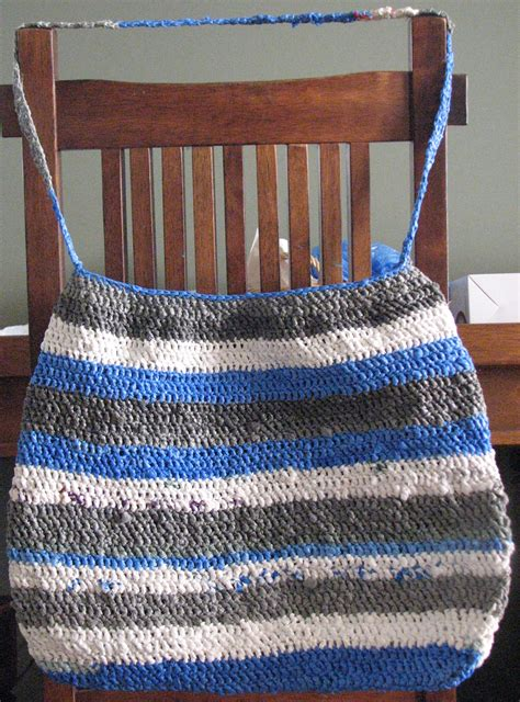 how to knit with plastic bags how to reuse plastic bags make plarn to knit or crochet