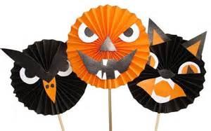 Halloween Decorations Handmade 25 Simple Halloween Ideas For Kids Crafts Handmade