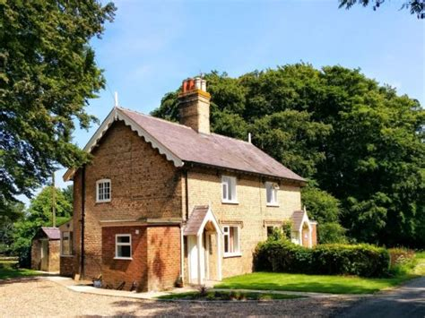 Cottages Uk Rigsby Wold Cottages Alford Lincolnshire Wolds