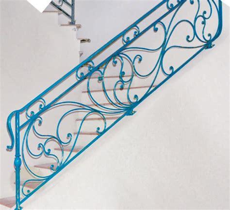 a ringhiera ringhiere in ferro battuto per scale interne