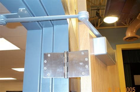 double swing door closer i dig hardware 187 back 2 basics hinge types and applications