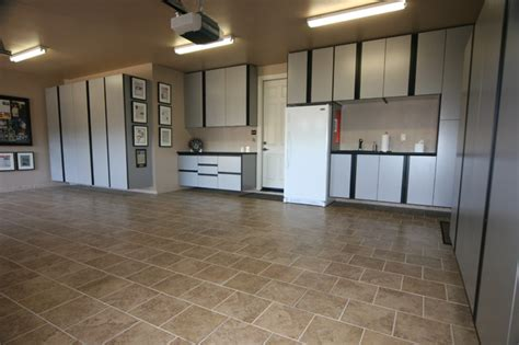 Top Shelf Garage   Contemporary   Garage And Shed