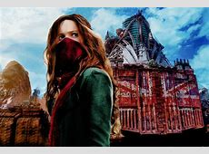 Dissecting a Bomb: The Bewildering 'Mortal Engines' - The ... In Time Movie Clock
