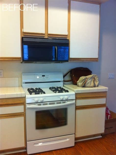 easy kitchen makeovers let s die friends easy kitchen cabinet makeover for the