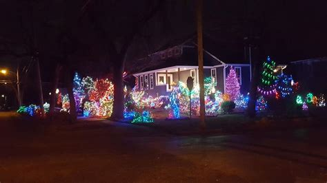 best christmas light displays in lincoln ne photos great lights in lincoln photo galleries journalstar