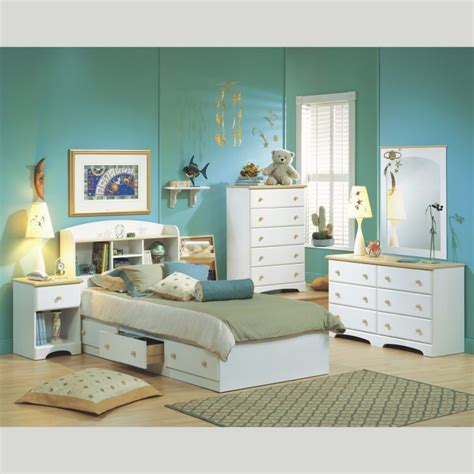 bedroom sets for small spaces bedroom furniture ideas for small rooms monfaso space