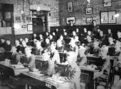 layout of a victorian classroom photo via 1900s org uk